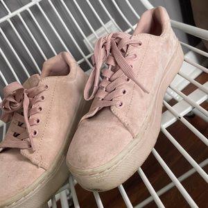 H&M platform pink sneakers